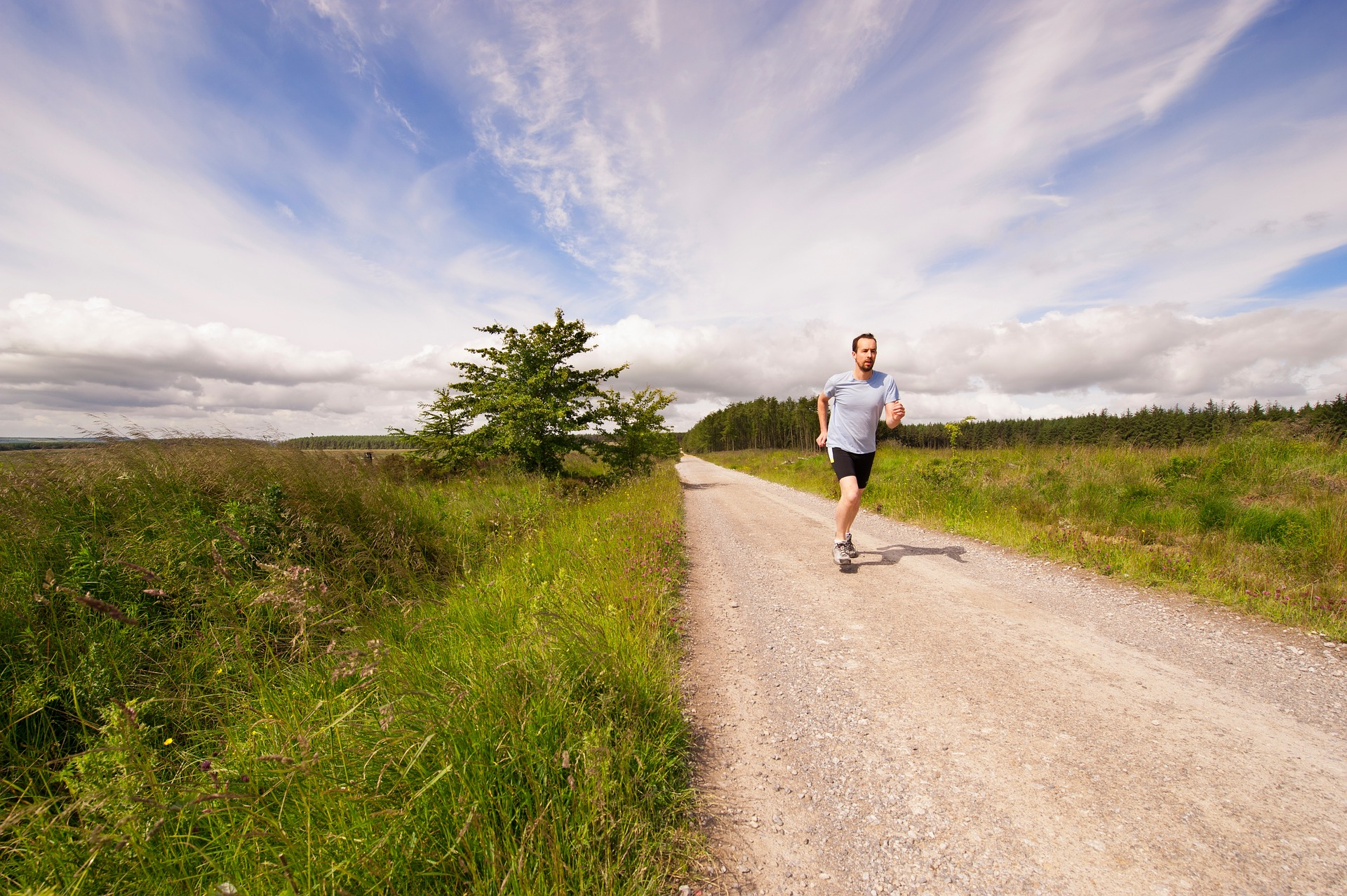 10 Tips for Running Your First Ultra Marathon // Long Run Living