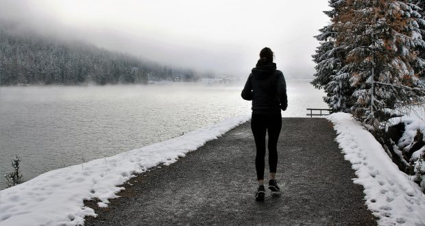7 Ways To Stay Warm On A Winter Run // Long Run Living