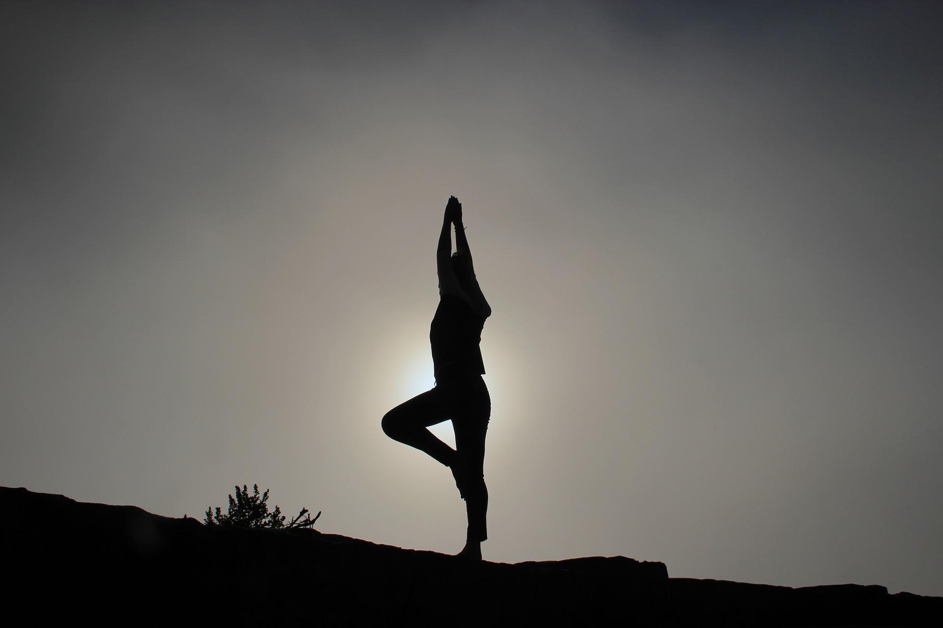 Yoga For Trail Runners // Long Run Living