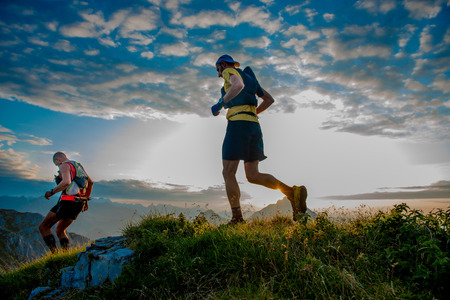 The Ultramarathon Pattern: 3 Stages Every New Ultrarunner Needs To Know // Long Run Living